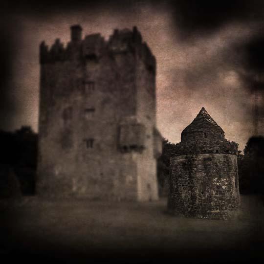 Castle 2_RTP_Adj_24 Nov 13  Tex _ SFW