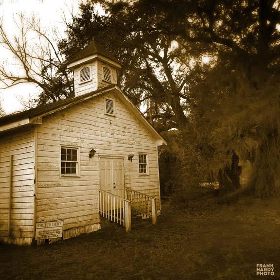 IMG_1330  Church 2 _ BW _ RTP_ Blur _Brown_SFW