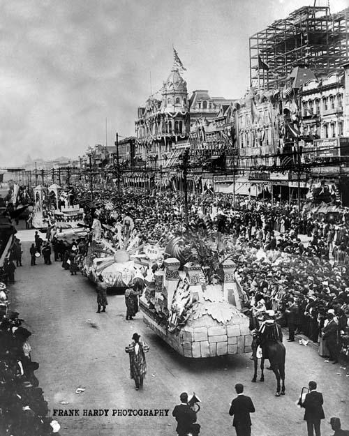 1907-mardi-gras-parade_4x5_-sfw